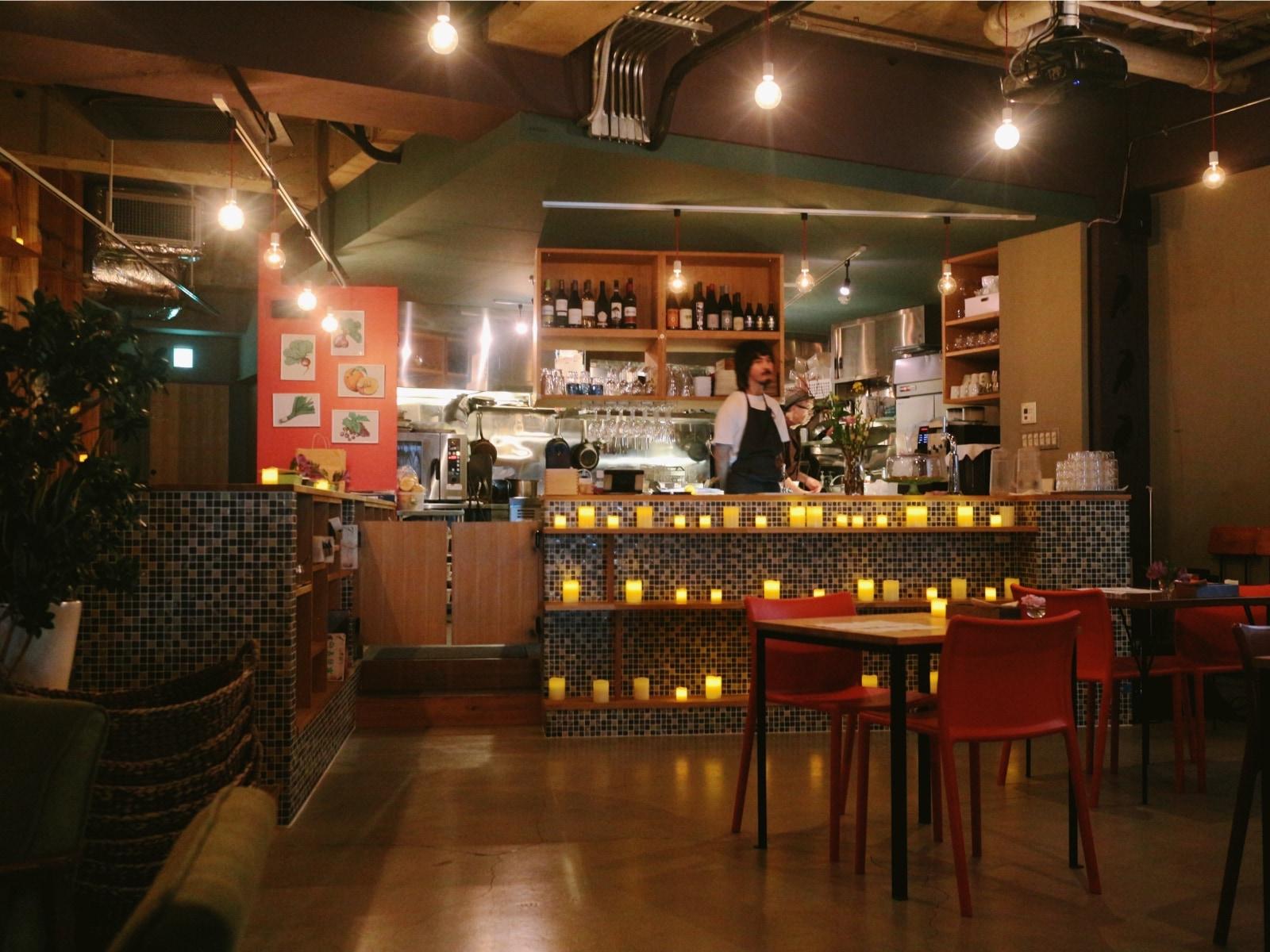 Interior of Crowley's California Kitchen.jpg