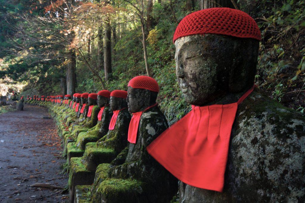 jizo-statues-nikko-1024x682.jpg