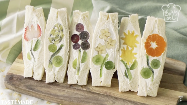 japanese-recipe-fruit-sandwiches-simple-easy-japan-food-hack-amazing-cooking-stay-home-dessert-sweet-14.png