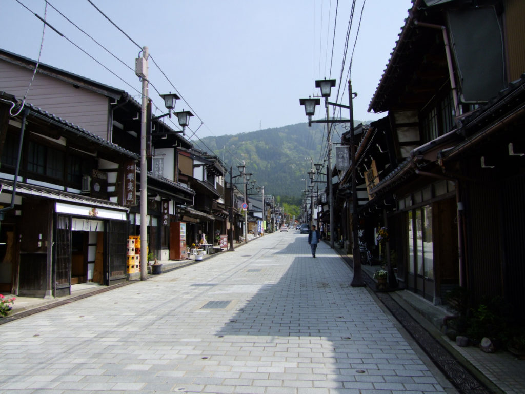 Inami-Toyama-Yokamachi-1024x768.jpg