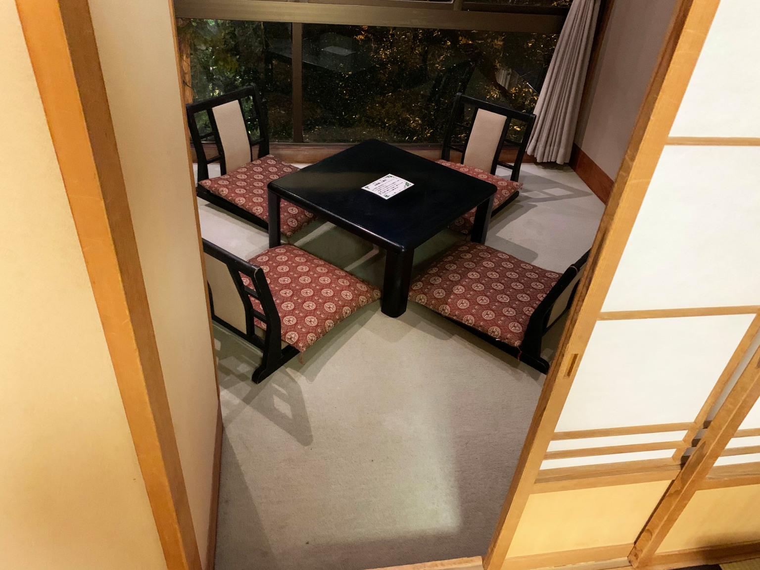 Houshi-Ryokan-onsen-hotel-oldest-in-world-Japan-business-travel-Hoshi-accommodation-stay-photos-reviews-Ishikawa-7.jpg