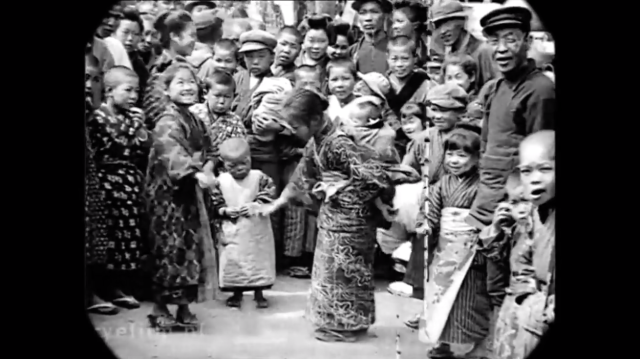 old-japanese-video-vintage-history-black-and-white-photos-hitorical-japanese-scenes-tokyo-mt-fuji-beautiful-8.png