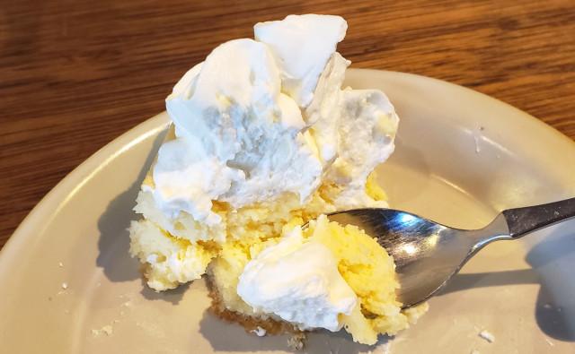 japanese-cheesecake-phantom-sweets-criollo-japan-desserts-cafes-best-top-ranking-foodie-reviews-food-taste-test-travel-news-9.jpg