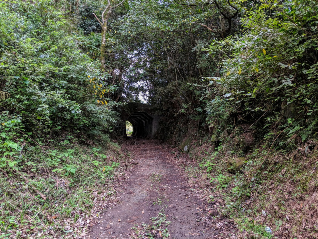 hakkaku-octagonal-tunnel-misato-kumamoto-japan-travel-off-the-beaten-path-secret-best-tourist-spots-destinations-4.jpg