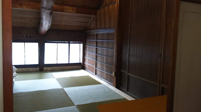 Iga-no-Kura-Ninja-Residence-Airbnb-accommodation-hotel-stay-Japan-travel-Mie-Japanese-minshuku-15.jpg
