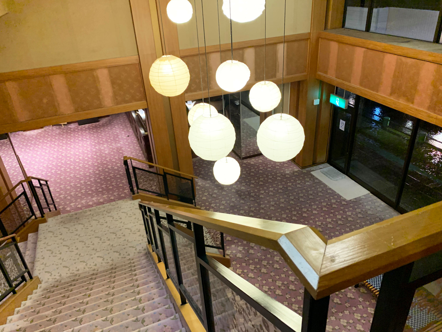 Houshi-Ryokan-onsen-hotel-oldest-in-world-Japan-business-travel-Hoshi-accommodation-stay-photos-reviews-Ishikawa-5.jpg
