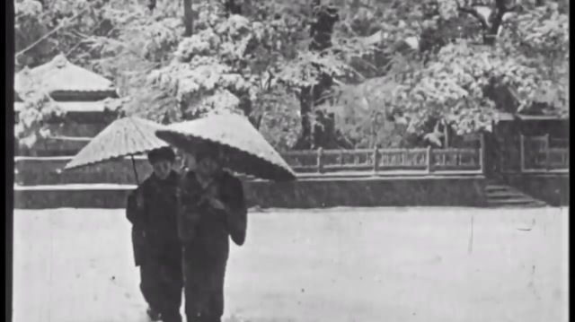 old-japanese-video-vintage-history-black-and-white-photos-hitorical-japanese-scenes-tokyo-mt-fuji-beautiful-36.png