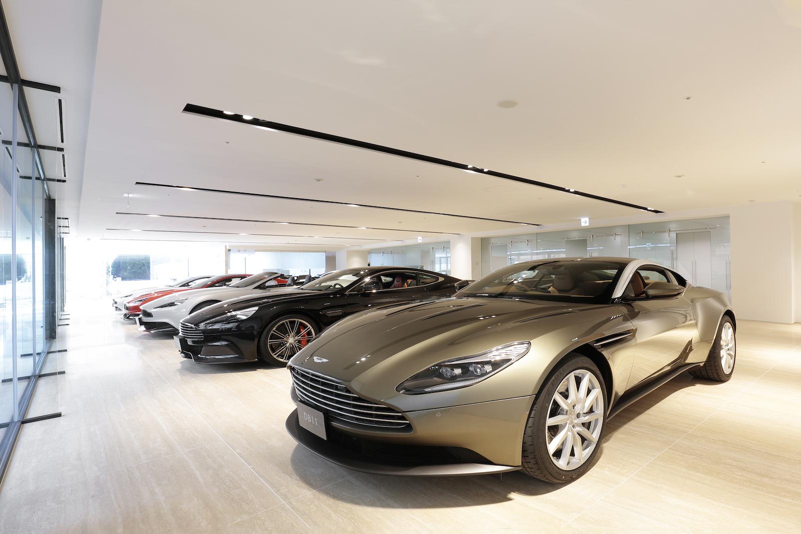 Aston_Martin_Tokyo.jpg