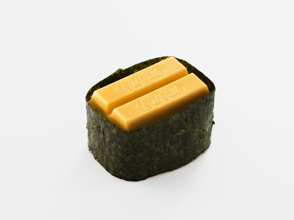 sushi-kit-kats-japanese-kit-kat-chocolatory-osaka-airport-5.jpg